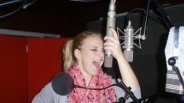 Konvičková a její drahý mikrofon.