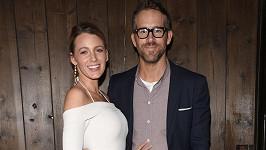 Blake Lively se s manželem Ryanem Reynoldsem nenudí.