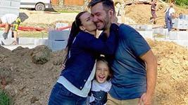 Marek Ztracený se snoubenkou Marcelou a synem Markem