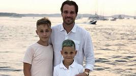 Leoš se syny Jakubem (vlevo) a Matějem