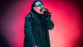 Marilyn Manson skončil v nemocnici.