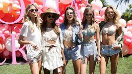 Martha Hunt, Jasmine Tookes, Alessandra Ambrosio, Josephine Skriver a Romee Strijd patří mezi nejlépe placené topmodelky světa