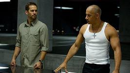 Paul Walker a Vin Diesel v Rychle a zběsile 6.