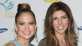 Jennifer Lopez a Lynda Lopez.