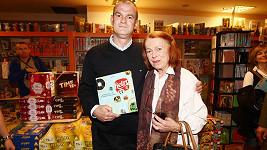 Iva Janžurová s autorem knihy Retro ČS 2 Michalem Petrovem