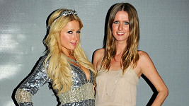 Paris a Nicky Hiltonovy.