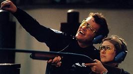 Colleen Camp a David Graf v Policejní akademii 2