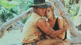 Paul Hogan a Linda Kozlowski ve filmu Krokodýl Dundee