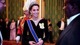 Vévodkyně z Cambridge s legendární tiárou Lovers Knot