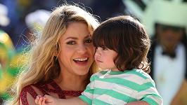 Shakira se hodlá rok věnovat Milanovi a druhému potomkovi, kterého čeká s fotbalistou Piquem.