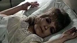 Jiřina Bohdalová na provokativním archivním snímku. Víte, o jaký film jde?