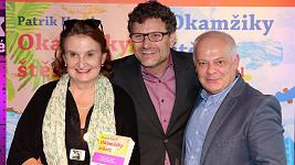"""Patrik Hartl (uprostřed) se """"svými"""" herci Bobem Kleplem a Evou Holubovou"""