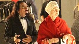 George DiCaprio s manželkou