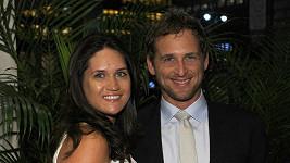 Josh Lucas a Jessica Ciencin Henriquez.