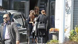 Lindsay Lohan po odjezdu z domu na Long Islandu.