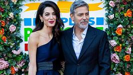 George Clooney s manželkou Amal na akci působili jako dokonalý pár.