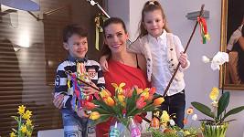Modelčiny děti svátky jara milují.