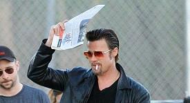 Takhle už Brada Pitta neuvidíte.