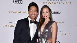 Herec David Lim se v Praze oženil s modelkou Markétou Kazdovou.
