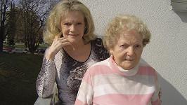 Eva Pilarová s maminkou Františkou Bojanovskou (rok 2011)