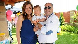 Michal David s dcerou Klárou a vnukem Sebastiánem