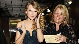 Maminka Taylor Swift má vážné zdravotní problémy.