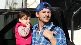 Ashton Kutcher s dcerkou Wyatt.