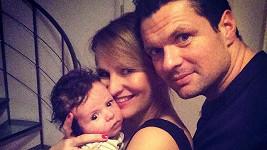 Monika Absolonová s rodinou