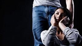 Tchajwanka nepřekousla manželovo titěrné mužství. Ilustrační foto