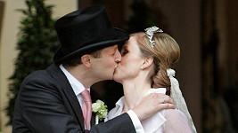 Svatební polibek.