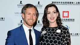 Anne Hathaway a Adam Shulman