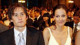 Radka a Tomáš se těší na dítě.