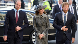 Princ William s manželkou Kate a bratrem Harrym (2016)