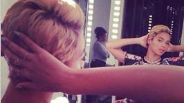 Beyoncé v novém účesu