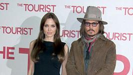 Angelina Jolie a Johnny Depp spolu měli mít poměr.