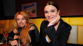 Mahulena Bočanová a její stylistka Zuzana Straková.