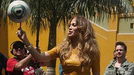 Jennifer Lopez vypadala jako vždy báječně a malinko se předváděla.