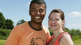 Rey Koranteng s manželkou na archivním snímku