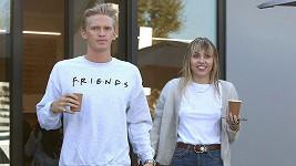 Miley Cyrus našla štěstí s Codym Simpsonem.
