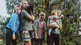 Marie Doležalová zdravila místo z červeného koberce od táboráku.
