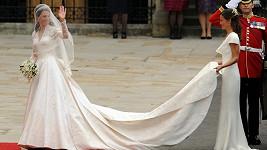 Vévodkyně Kate ve svatebních šatech.