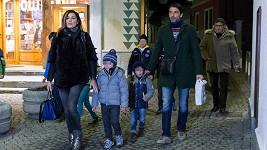 Alena Šeredová s manželem a jejich syny vyrazili do Alp.