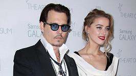 Johnny Depp se má příští týden oženit s Amber Heard.