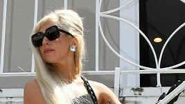 Lady Gaga jako sofistikovaná dáma.