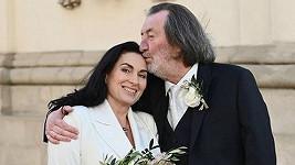 Bolek Polívka se svou láskou Marcelou