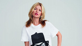 Kate Moss zaplatila slavné umělkyni za svůj portrét tučnou sumičku.