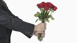 Floriďan se píchl o růže, nyní žaluje květinářství. Ilustrační foto
