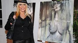 Dolly skončila s profesí pornoherečky a vrhla se na malování.