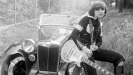 Začátky sólové kariéry Petry Janů před čtřiceti lety.