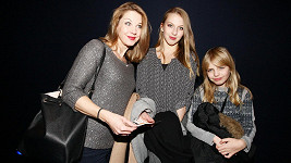 Sabina Laurinová s dcerami Valentýnou a Májou